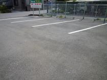 無料駐車場(トラック・バス等大型車OK)